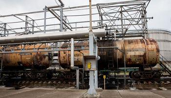 Geležinkeliai ir Klaipėdos uostaspasiruošętiekti naftą Baltarusijai