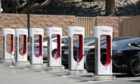 """Supercharger"" stotelę Kaune ""Tesla"" žada šiemet"