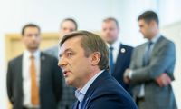 Valdantieji neskuba spręsti nei veto, nei ministrų klausimų