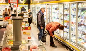 Lietuviai labiausiai ES nerimauja dėl kainų kilimo, klimato kaita pernelyg nerūpi