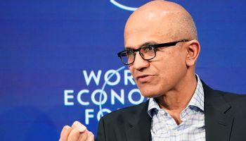 """""""Financial Times"""" metų žmogus – """"Microsoft"""" generalinis direktorius S. Nadella"""