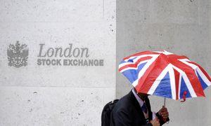 JK korporacijų CEO užmokestis per 3 dienas viršijo darbuotojų metinį atlygį