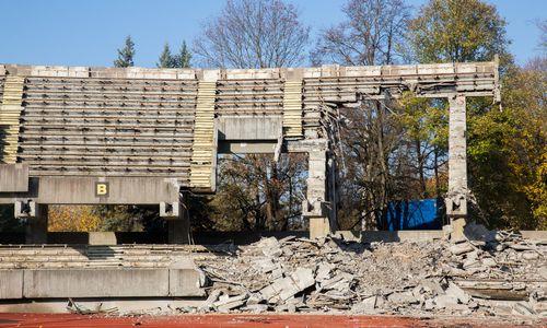 Kauno stadioną statantys turkai nutraukė bado streiką, bet skundžiasi spaudimu