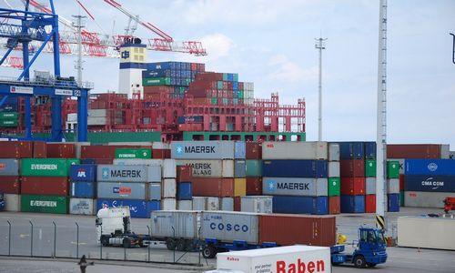 PVM grobstymasES sukuria 307 mlrd. Eur prekybos perteklių, kurio neturėtų būti