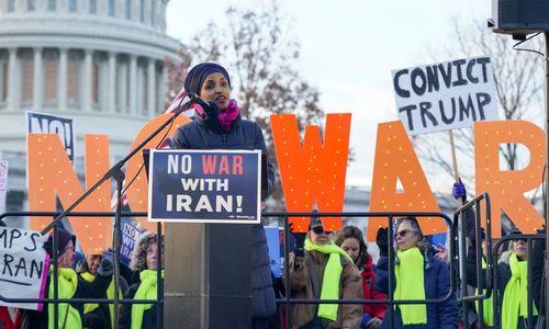 JAV Kongresas priėmė neįpareigojančią rezoliuciją, varžančią D. Trumpo veiksmus Irane