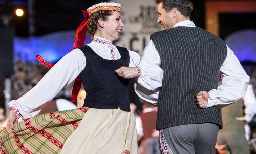 Lietuviai jaučiasi laimingiausi nuo 2008 m. krizės laikmečio