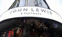 """""""John Lewis"""" vadovė traukiasi po prastos kalėdinės prekybos"""