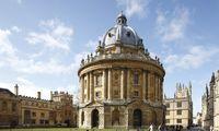 Oksfordo universitetas kapitalo rinkose siekia pasiskolinti beveik šimtmečiui
