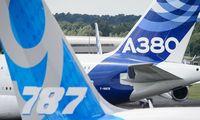 """""""Airbus"""" aplenkė """"Boeing"""" ir vėl tapo didžiausia lėktuvų gamintoja"""