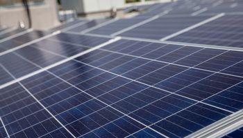 """Nutolusias saulės elektrines siūlo ir """"Saulės grąža"""""""