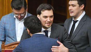 V. Zelenskis nepriėmė premjero O. Hončaruko atsistatydinimo