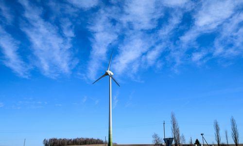Žaliosios energijos aukciono laimėtojui – pirmenybė persiųsti elektrą