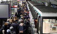 Transporto sektoriaus streikų išvargintas Paryžius regi išeitį – automatizuotą metro
