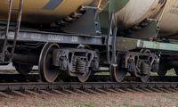 Tęsiantis ginčui su Rusija, Baltarusija importuos naftos per Lietuvą