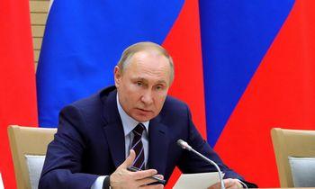 Rusijos prezidentas pateikė parlamentui svarstyti konstitucijos pakeitimus
