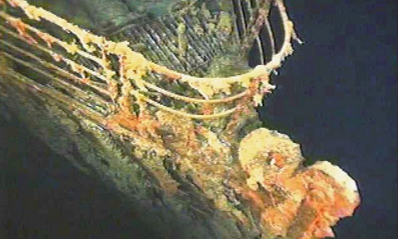 """Titaniko"" korpuso dalis Atlanto vandenyne, apie 4 km gylyje. ""AP Photo"" / ""Scanpix"" nuotr."