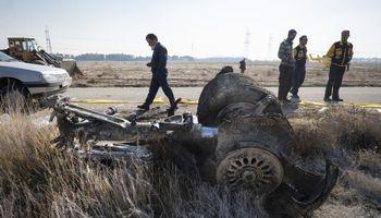 """Iranas negali ištirti numušto lėktuvo """"juodųjų dėžių"""""""