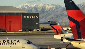 """Delta"" darbuotojų premijoms skyrė 1,6 mlrd. USD"
