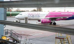"""""""Wizz Air"""" nutraukia skrydžius iš Vilniaus į Atėnus ir Reikjaviką"""