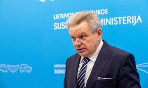 Tarnybinės etikos sargai: J. Narkevičius pažeidė įstatymą