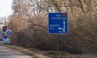 Estų vežėjai skundžiasi jų krovinius perimančiais lietuviais ir latviais