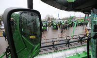Strategijos, kurios padeda išgyventi žemės ūkio technikos pardavėjams