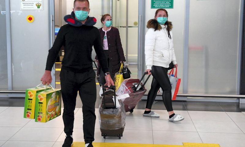Turistai Rusijos Kazanės oro uoste. Maksim Bogodvid (Sputnik/canpix) nuotr.