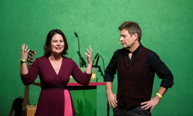 """Annalena Baerbock ir Robertas Habeckas, Žaliųjų partijos lyderiai. (""""Reuters"""" / """"Scanpix"""") nuotr."""