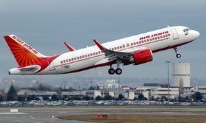 Indija ieško pirkėjo savo nuostolingai nacionalinei oro bendrovei