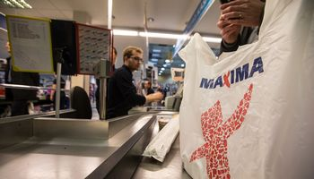 Seimas nustatė baudas už dalį plastikinių maišelių