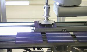 """Saulės modulių gamintoja """"Solet Technics"""" pajamas augino 60%"""
