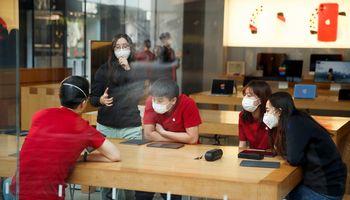 """Rekordiniuose """"Apple"""" rezultatuose – ir koronaviruso grėsmės"""
