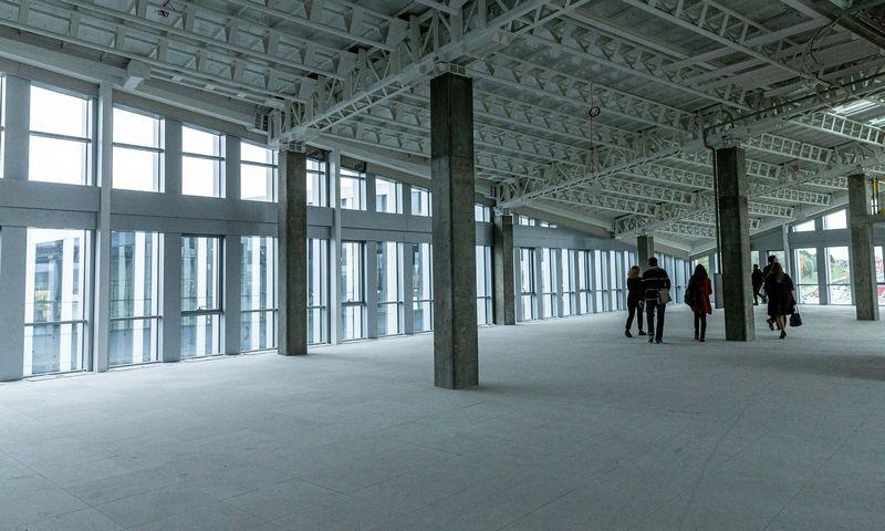 """""""KPMG Baltics"""" išsinuomojo visą """"East Hill"""" verslo centro viršutinį aukštą. Juditos Grigelytės (VŽ) nuotr."""
