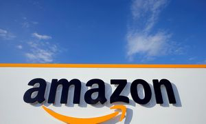 """Rekordiniai """"Amazon"""" pardavimai padarė įspūdį investuotojams"""