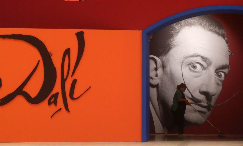 "Paroda ""Salvador Dali. Magic Art"" Maskvoje veiks iki kovo pabaigos. Vyacheslav Prokofyev (TASS/""Scanpix"") nuotr."