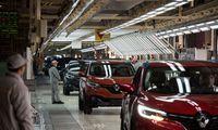 Dėl epidemijos Kinijoje stoja pasauliniųautomobilių pramonės koncernų gamyklos