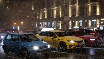 Rusijos naujų automobilių rinka sausį augo 2%