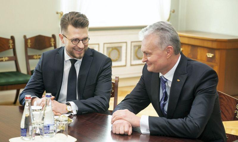 Prezidento Gitano Nausėdos susitikimas su pretendentu į ekonomikos ir inovacijų ministrus Luku Savicku. Žygimanto Gedvilos (15min.lt/Scanpix) nuotr.