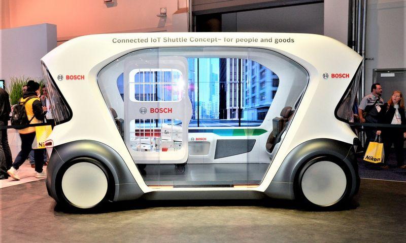 """Sausio mėnesį """"Bosch"""" pristatė savo sukurtą savavaldį automobilį, skirtą žmonių arba krovinių gabenimui. """"Newspress"""" nuotr."""