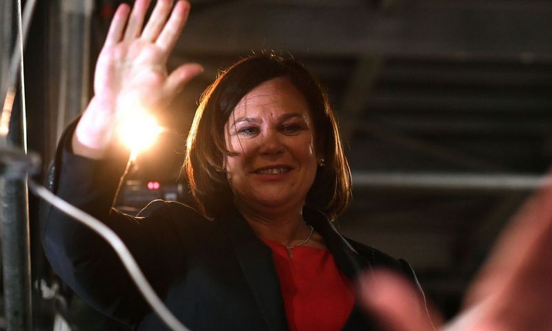 "Sinn Fein lyderė Mary Lou McDonald. Beno Stansallo (""AFP"" / ""Scanpix"") nuotr."