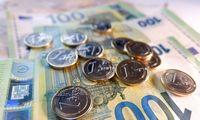 Lietuva taupo: brangią valstybės skolą keičiame pigesne