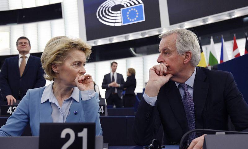 "Europos Komisijos prezidentė Ursula von der Leyen ir ES vyriausiasis derybininkas Michelis Barnier. Frederick Florin (AFP/""Scanpix"") nuotr."