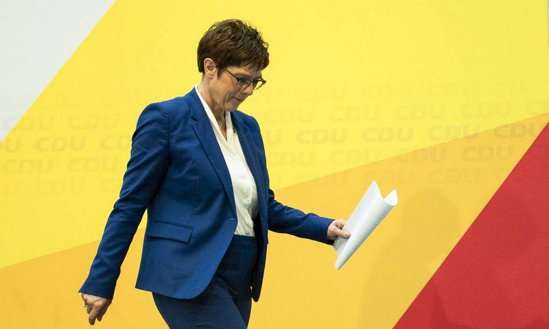 """Annegret Kramp-Karrenbauer, CDU lyderės, pasitraukimas išduoda ir daugiau problemų. Emmanuele Contini (""""Imago Images""""/ """"Scanpix"""") nuotr."""