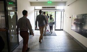 Atleidimas – dar ne nuosprendis: buvusius darbuotojusįsileidžia vėl