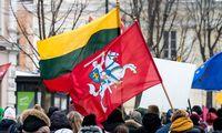 Vasario 16-oji prekybininkams darbo diena,politikai tai kritikuoja
