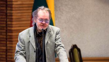 Mirė poetas Kęstutis Navakas