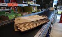 """""""Lidl"""" atsisako vienkartinių plastikinių pirkinių maišelių"""