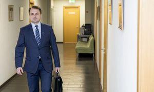 Ministras Aplinkos apsaugos departamento vadovui siūlo trauktis iš pareigų