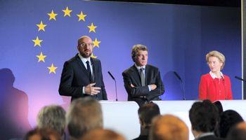 Briuselyje – mūšis dėl europietiškų pinigų