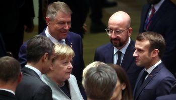 Šaltiniai: ES vadovams pateiktas naujas biudžeto pasiūlymas